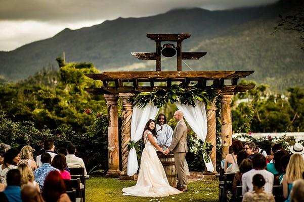 Puerto Rico Wedding Venue.Real Weddings At Hacienda Siesta Alegre In Rio Grande Puerto Rico